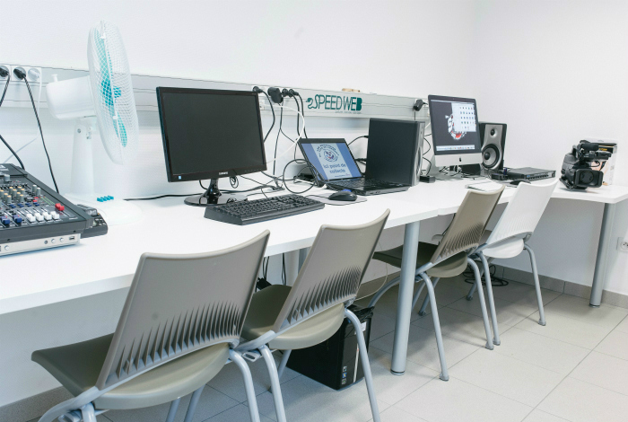 Studio de montage vidéo et audio