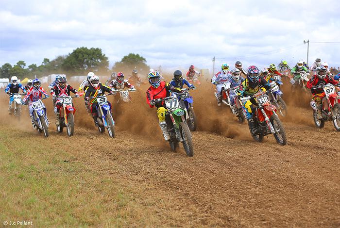 Course de motos organisée par Kewenn Krampons
