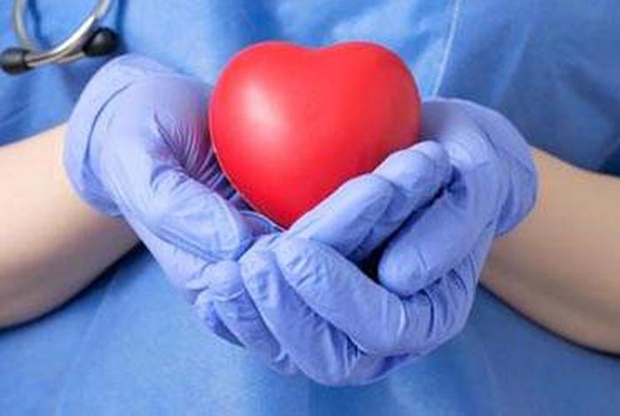 Le Don d'organes : projection, information, échange animé par le Dr Savry et Mme Begnic du Centre Hospitalier de Bretagne Sud