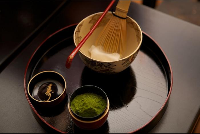 Ateliers de découverte des traditions japonaises animés par Masae Robo