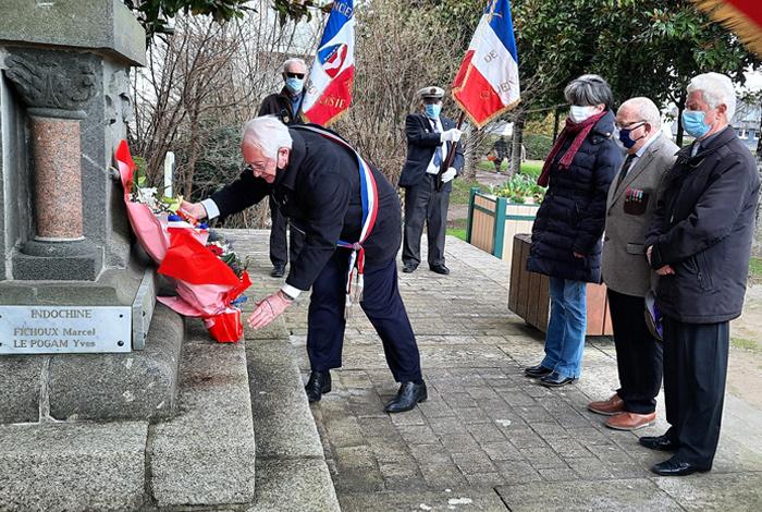 La cérémonie commémorative du 19 mars