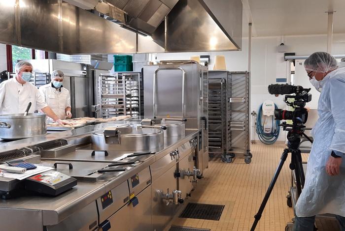 La cuisine centrale de Quéven passe à la télé cette semaine !