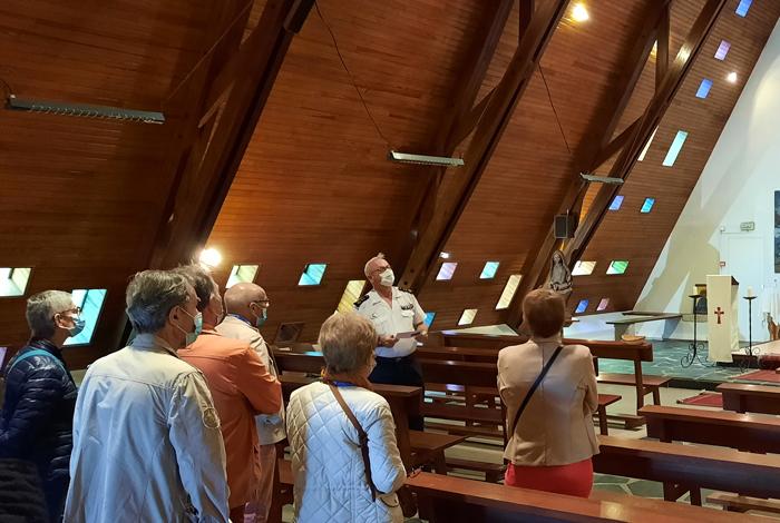 Visite de la chapelle de la base
